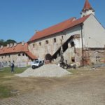 Sanacija stubišta palače i obnova fortifikacije Staroga grada. Posjeti Kraljevu vrtu (MZLKM).